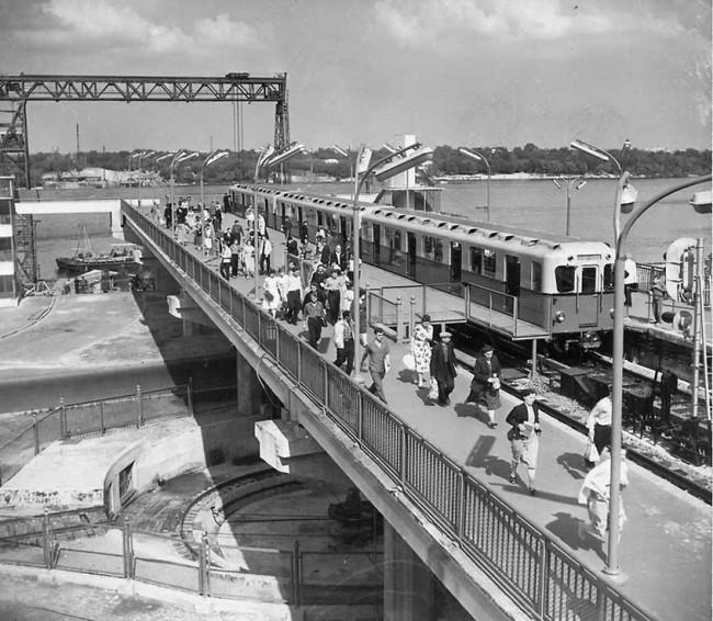 Станция метро Днепр в Киеве в 1960 году