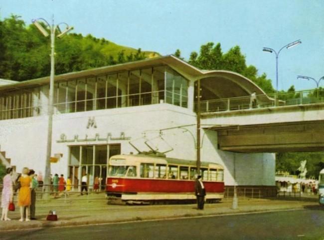 Станция метро Днепр в 1965 году