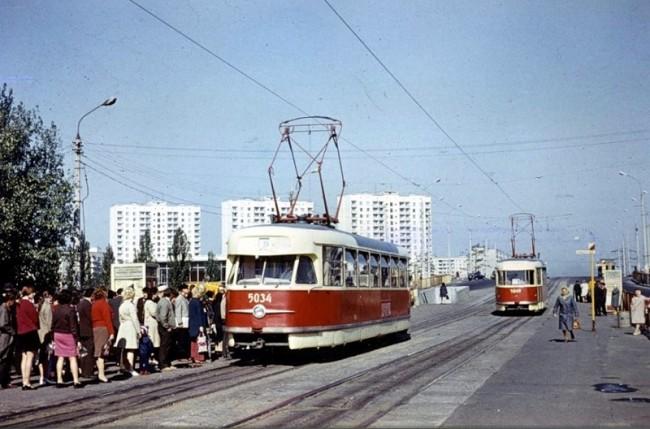 Станция метро Черниговская (ранее Комсомольская) в 80-х годах