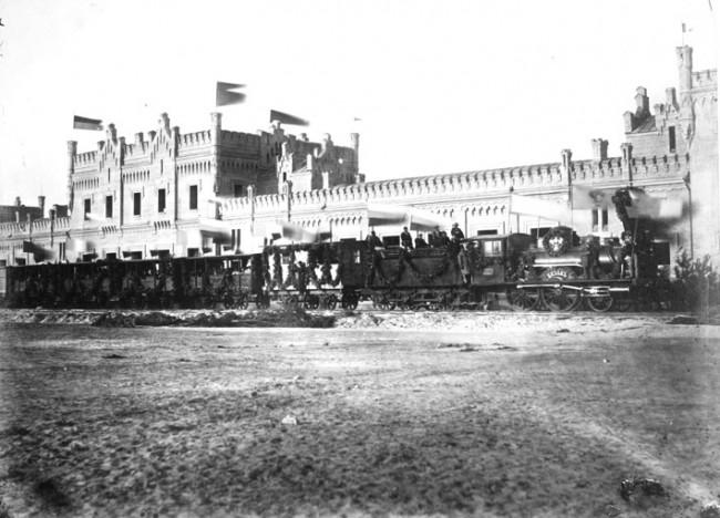 Железнодорожный вокзал в 1860 году