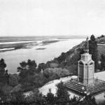 Памятник святому Владимиру в начале 20 века, черно-белое фото