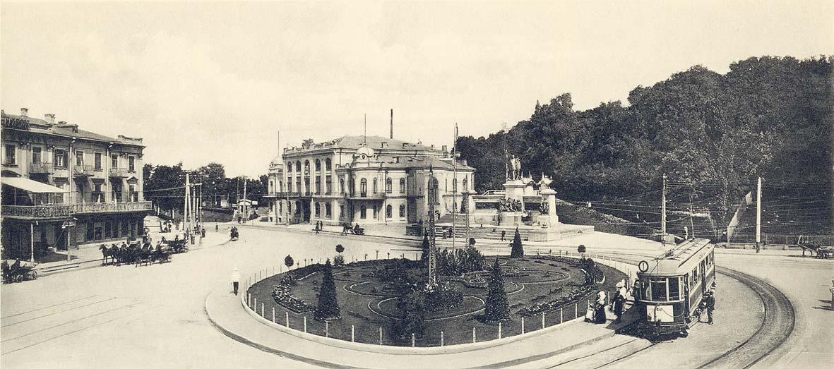 Трамвай на Европейской (Царской) площади в начале 20 века