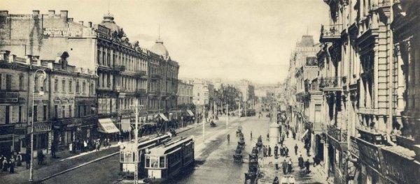 Трамвай на Крещатике, начало 20 века