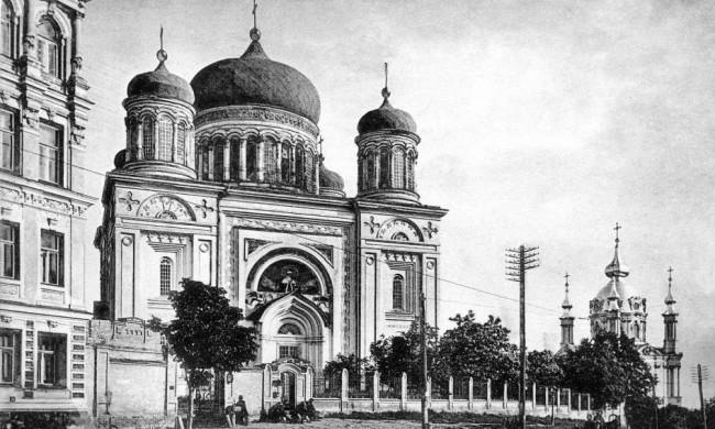Десятинная церковь на Большой Владимирской улице в 106 году