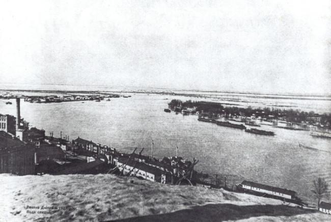 1937 год. Разлив Днепра, вода спадает Автор – В.Петренко.