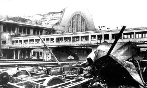 Разрушения на киевском вокзале в 1941 году, война