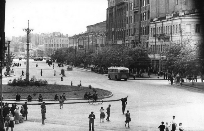 Площадь Сталина (ныне Европейская) в 1947 году