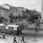 Центральный универмаг на пересечении улицы Ленина и Крещатика