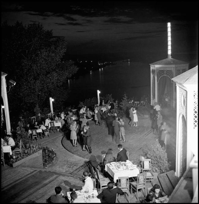 1947 год. Киев, танцевальная площадка над Днепром