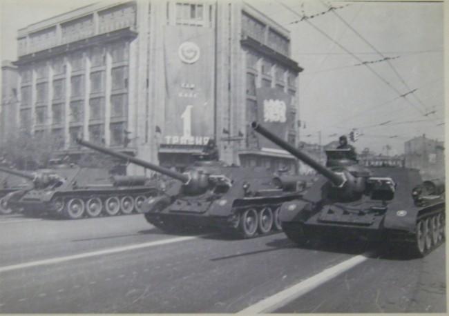 Парад на Крещатике в 1949 году, танки