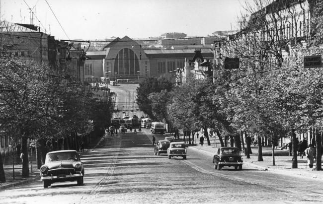 Вид на вокзал с улицы Коминтерна в 50-х годах