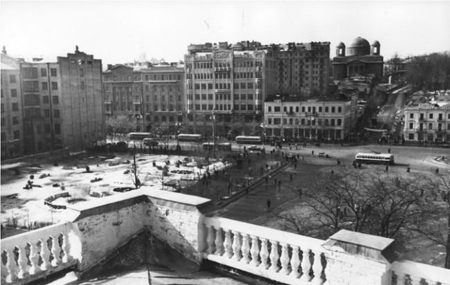 Площадь Сталина в 1953 году (нынешняя Европейская)
