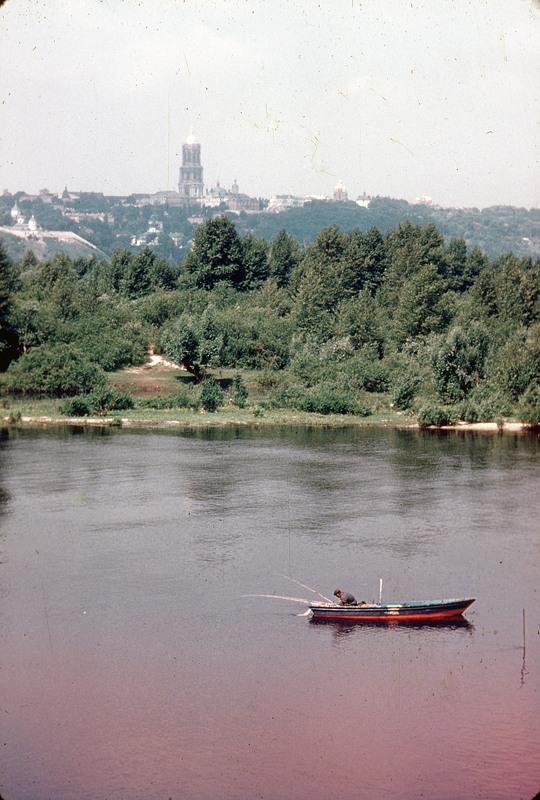 Вид с Левого берега на Лавру, 1960 год