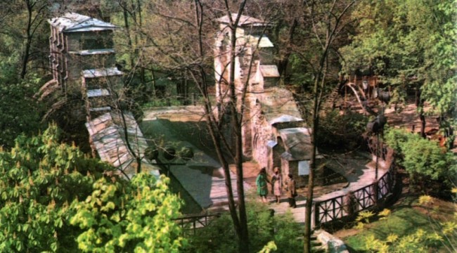 Вид сверху на Золотые ворота, 1981 год