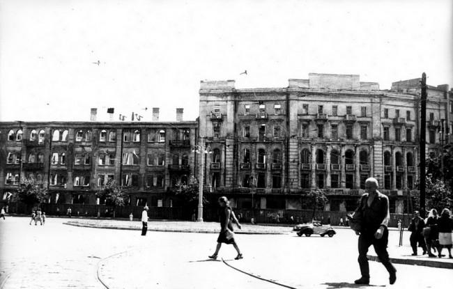 Площадь Толстого в послевоенном Киеве