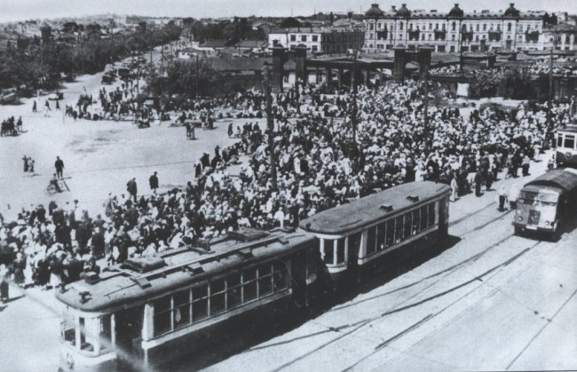 Площадь Победы в 1942 году
