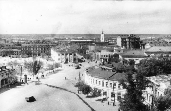 Контрактовая (бывшая площадь) в 1946 году