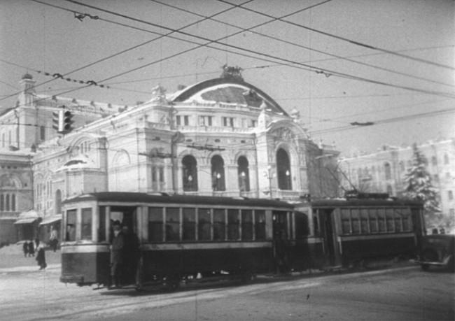 Оперный театр в 1946 году, Владимирская улица