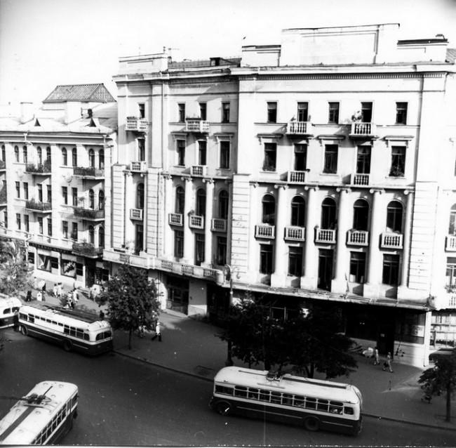 Площадь Толстого в 50-х годах