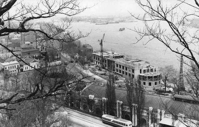Как строили Речной вокзал в Киеве