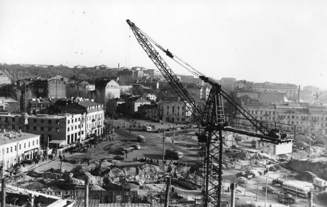 Строительство цирка на площади Победы в 1959 году