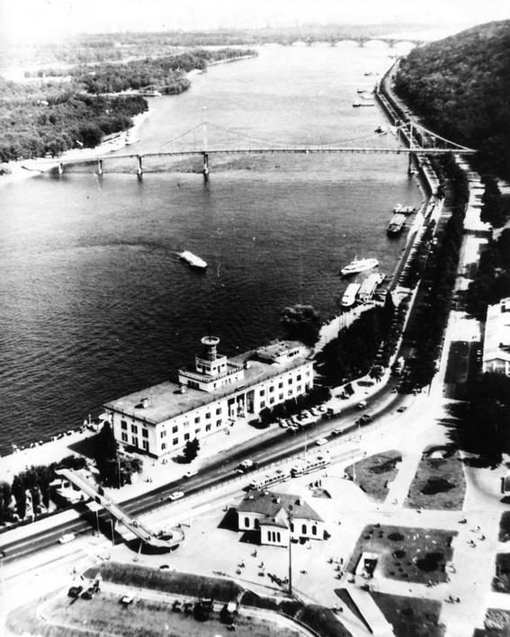 Речной вокзал в Киеве в 60-х
