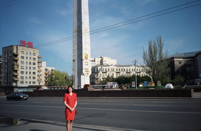 Площадь Победы в 1990 году