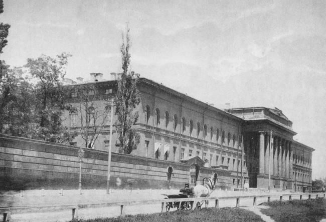 Красный корпус универа, конец 19 века
