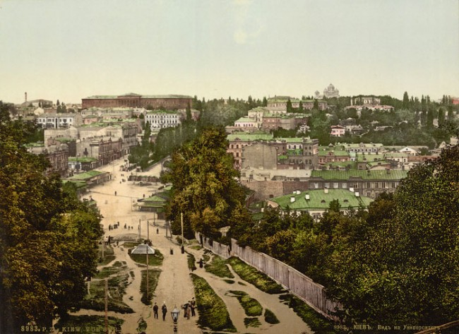 Конец 19 века, вид на Бессарабскую площадь и Бибиковский бульвар