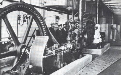 Начало 20 века,холодильная установка на Бессарабском рынке