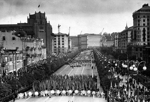 Парад Победы в 1950 году в Киеве