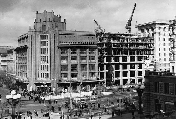 Реконструкция ЦУМа в 1950 году