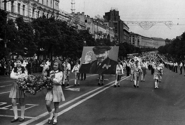 Парад на Крещатике в 1962 году
