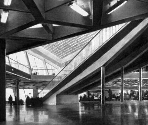 Внутри терминала аэропорта Борисполь в 66 году