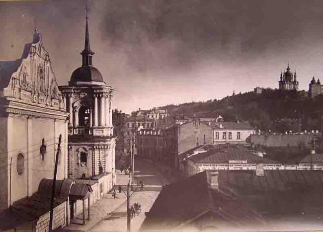 1880-е годы Общий вид церкви Петра и Павла со стороны