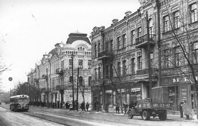 На улице Жданова в 1956 году