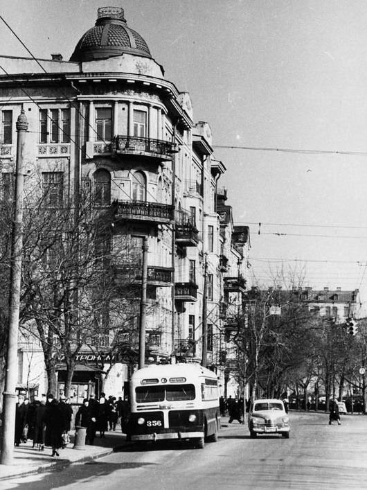 Львовская площадь, Большая Житомирская улица, 1957 год, в то время Сенная площадь