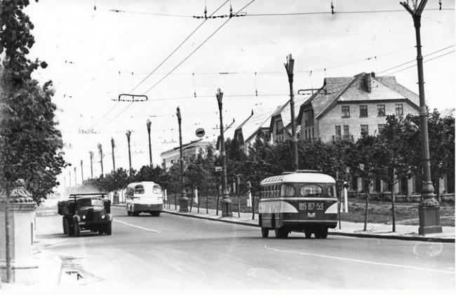 Проспект 40-летия Октября в 1960 году
