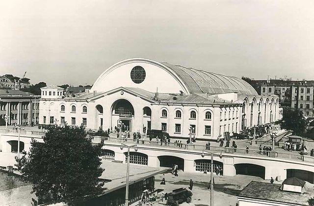 Бывший Сенной рынок в 60-х годах в Киеве