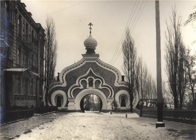 Покровский монастырь в 80-х годах