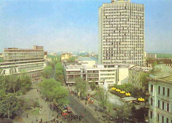 Львовская площадь в 80-х годах, Киев