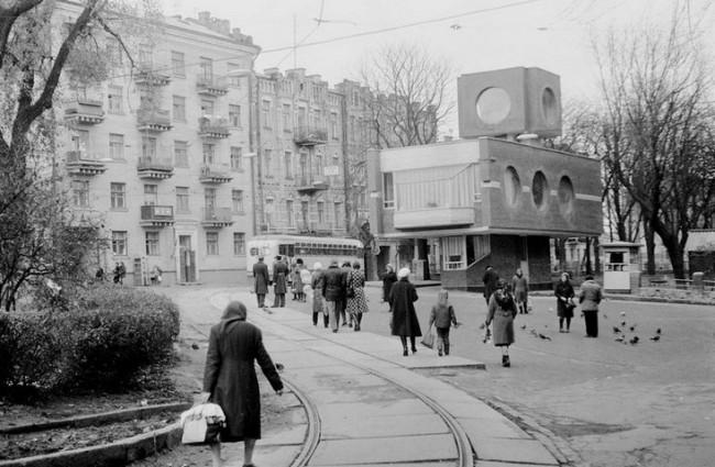 Львовская площадь, Киев, 80-е годы