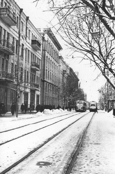 Трамвай на Ярославовом Валу в 56 году