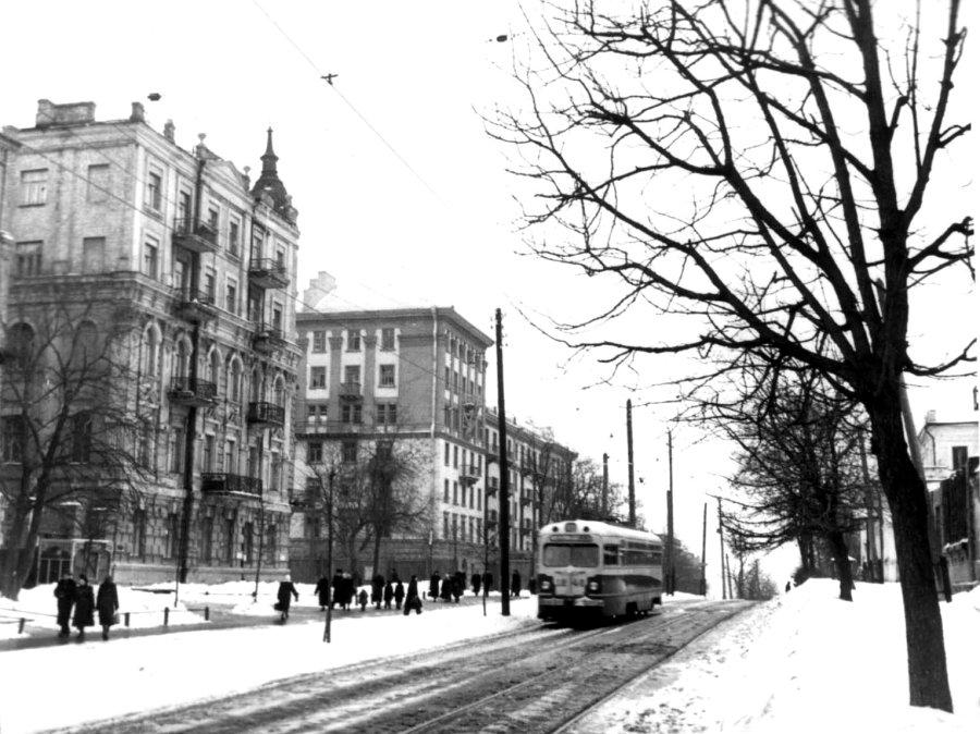 Тарасовская улица и улица Толстого в 57 году, Киев