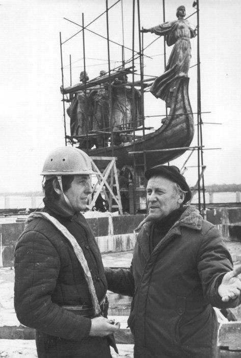 Строительство памятника Кию, Щеку, Хориву и Лыбеди в 1982 году
