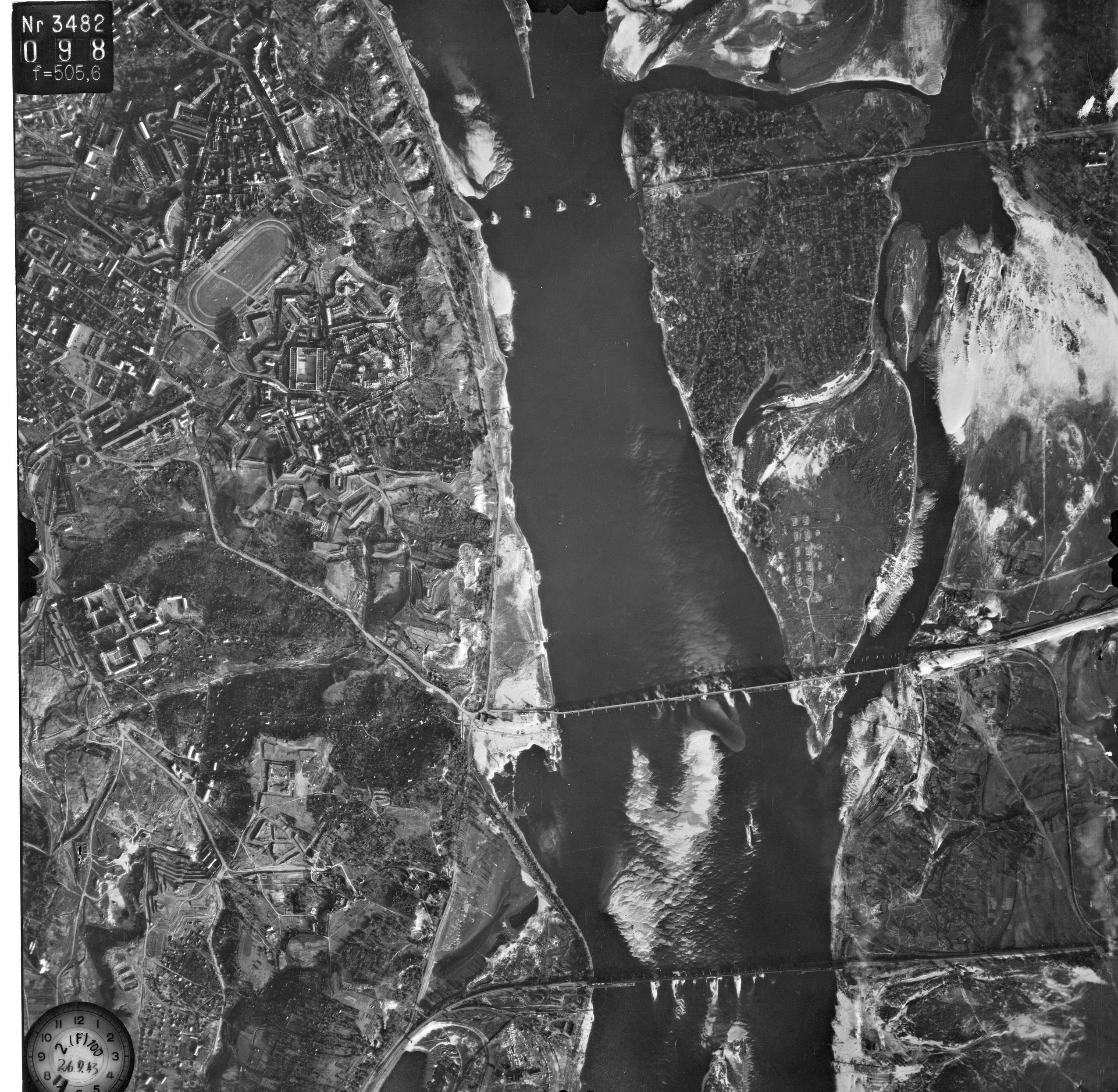 Снимки Киева немецкой авиацией с воздуха 1943 года, мосты Днепра