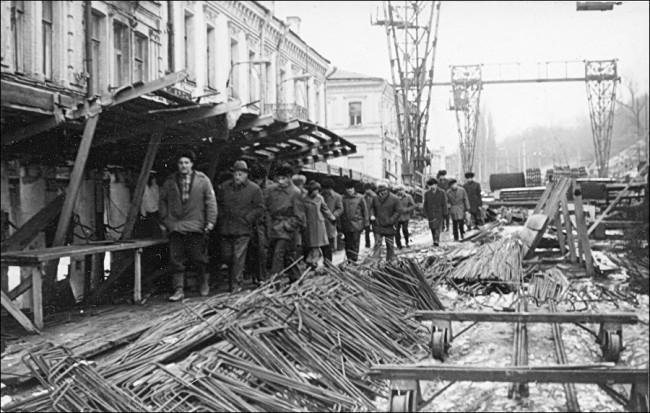 Как строили метро Почтовая площадь, улица Сагайдачного в 1973 году