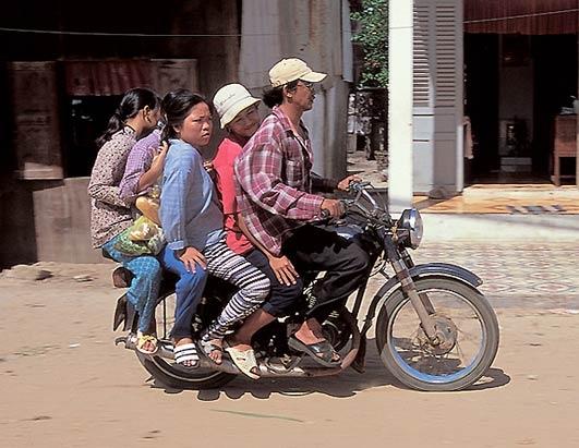 Как разбираются с транспортом во Вьетнаме