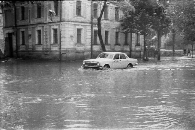 Потоп на улице Константиновской