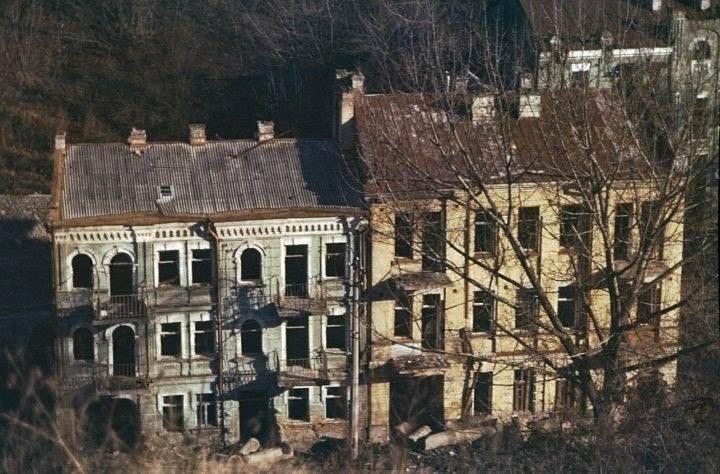 1990-е годы. Воздвиженка, разрушенные дома